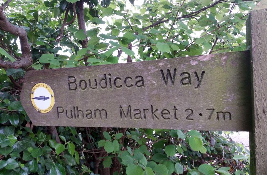 Signpost to Pulham Market