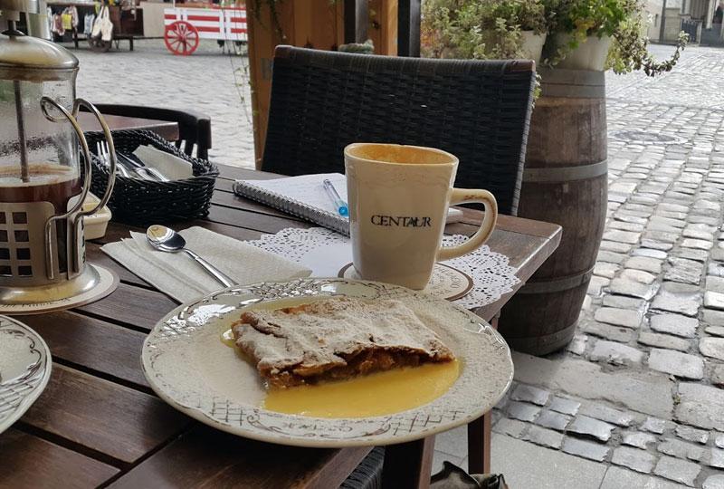 centaur cafe