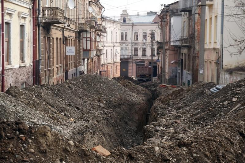 Pereyaslavska street rubble